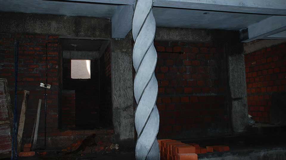 Twisted Pillar